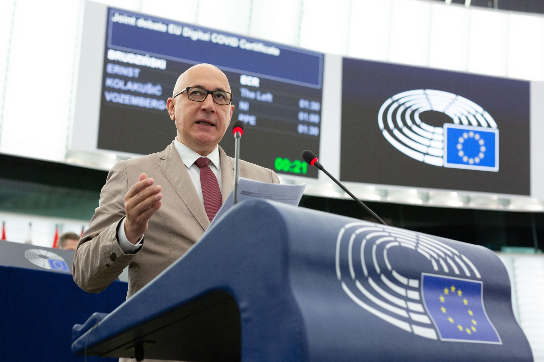 Europosłowie PiS nt. amerykańskich sankcji na bułgarskich oligarchów